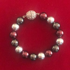 NEW Pearl Stretch Bracelet w/Magnetic Closure